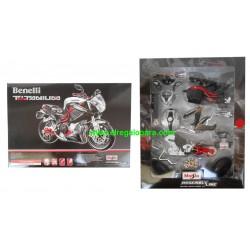Benelli TNT Titanium para montar Maisto 1:12
