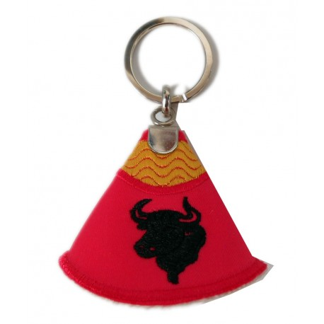Llavero capote torero con toro bordado