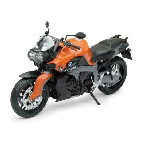 BMW k1300R a escala