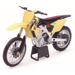 Moto Suzuki RM-Z450 RCH Factory Racing Ken Roczen NewRay 1:6