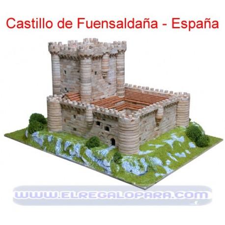 Maqueta Castillo de Fuensaldaña Viveros