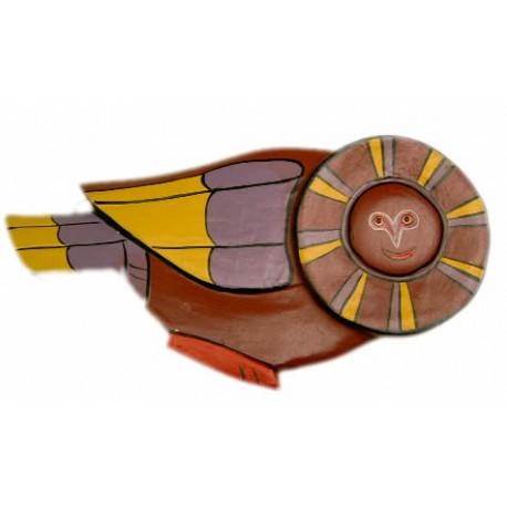 Buho de madera decorativo